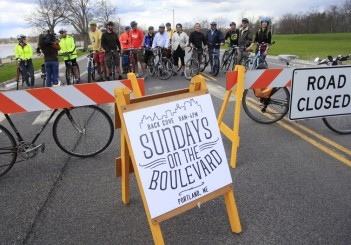 Sundays on the Boulevard closes Baxter Blvd every Sunday for foot, bike, pedestrian traffic and play